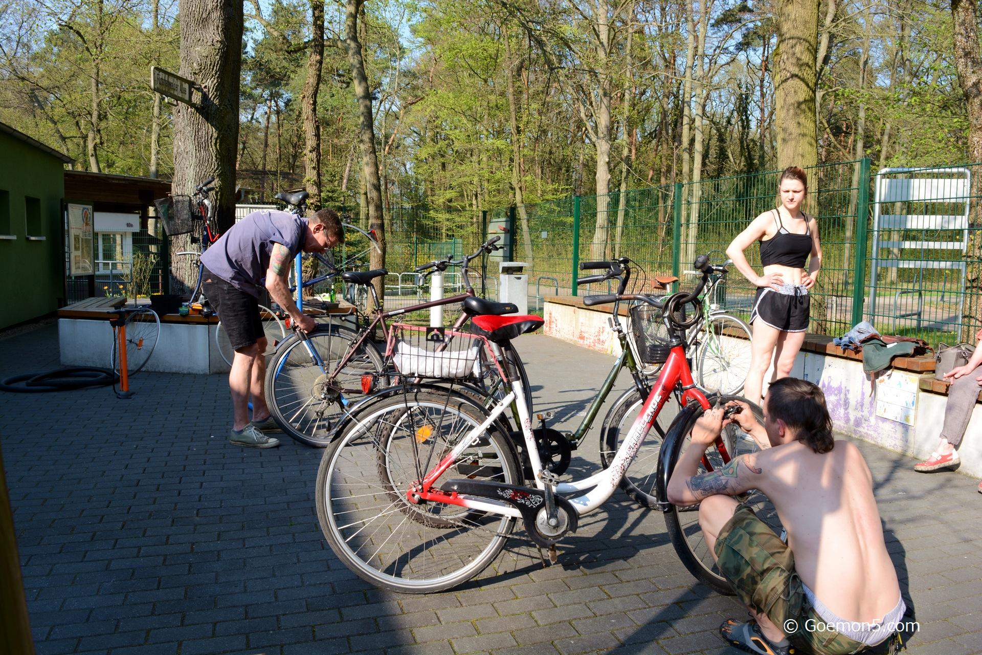 bike repair workshop at the Parkclub