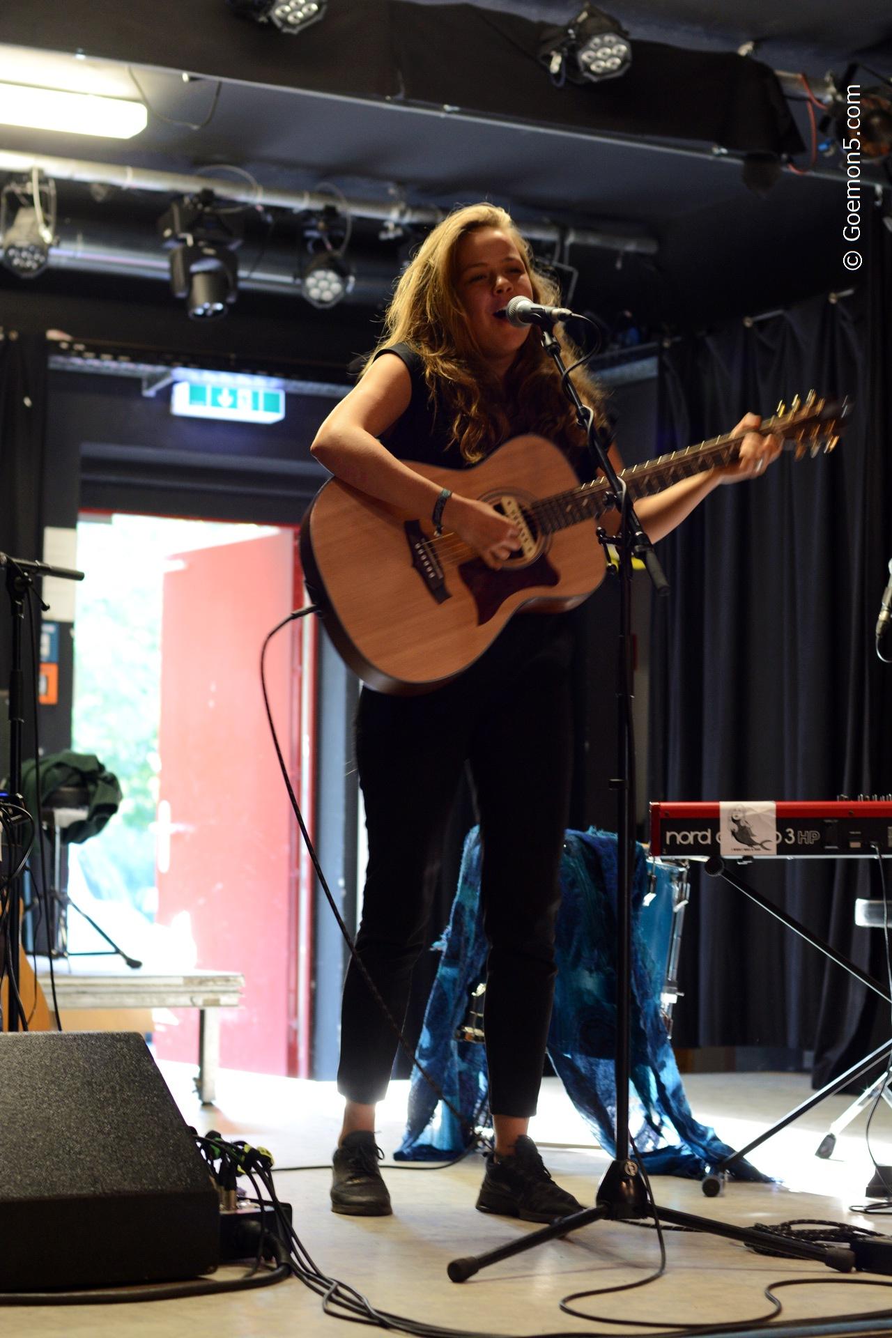 Marie Feiler at Parkclub 01