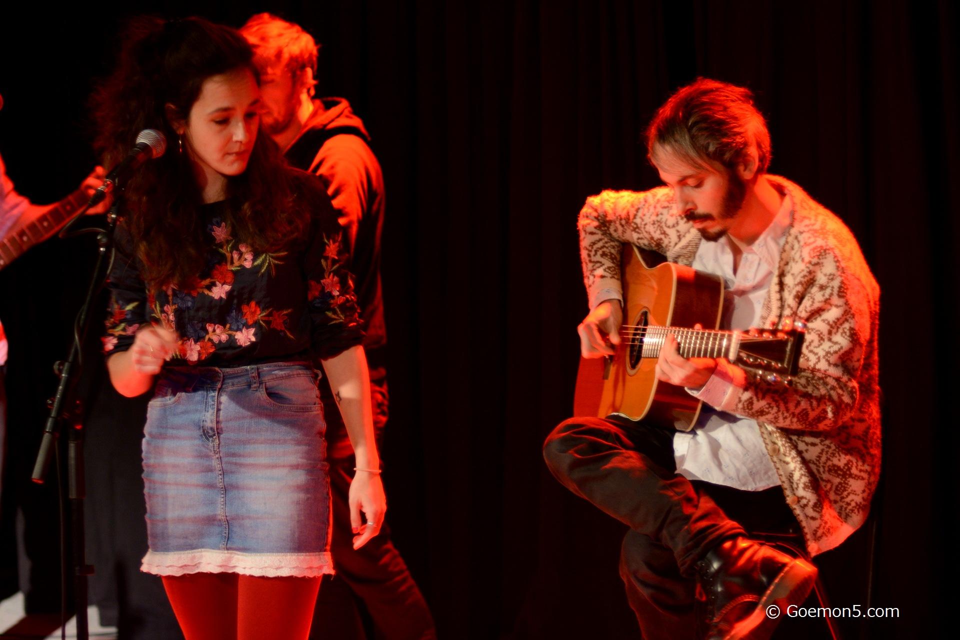 Sam & Sara im Parkclub 03