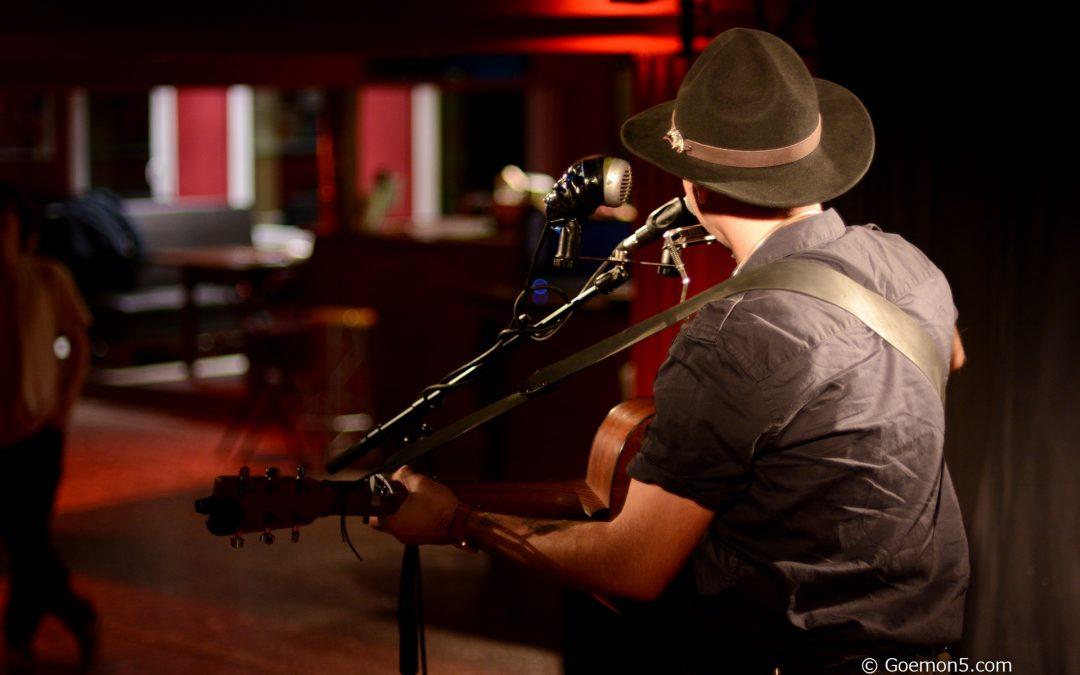 Cowboys und Gitarren: Sasha Boole LIVE